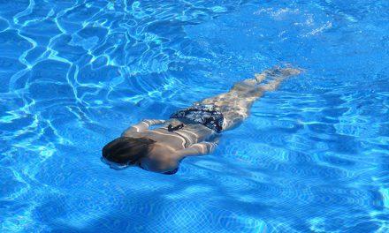 Cómo prevenir la otitis durante las vacaciones