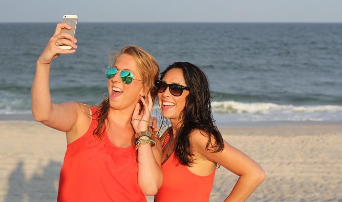 Trucos de peinado y maquillaje para un 'selfie' perfecto