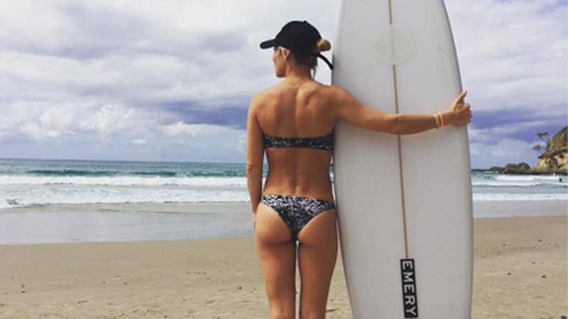 Elsa Pataky, una surfera con un ´cu-cu' perfecto