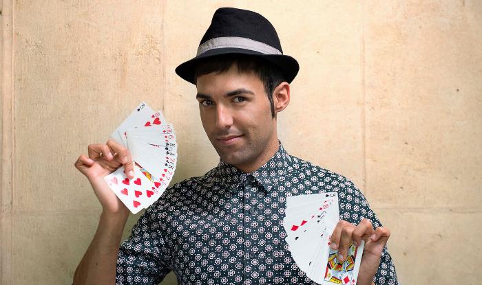 Disfruta en directo de la magia de Antonio Díaz, El Mago Pop