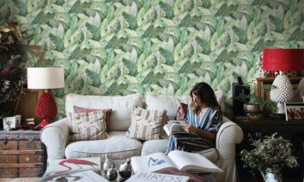 Viste tus paredes con estampados tropicales