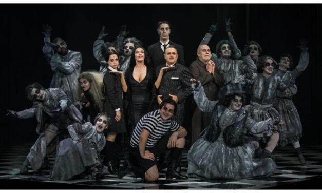 'La familia Addams', un musical terroríficamente divertido