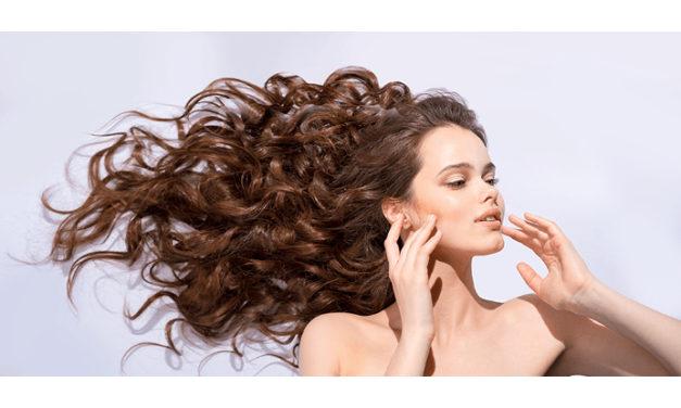 6 consejos súper prácticos para dar un extra de volumen a los cabellos finos